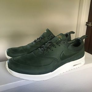 Nike Leather Air Max Thea